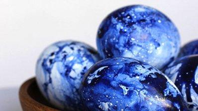 Яйца в цвят индиго