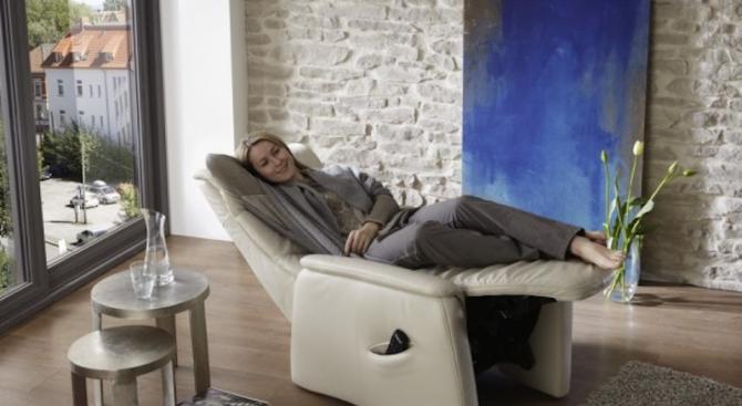 Лукс в хола с елегантно кресло