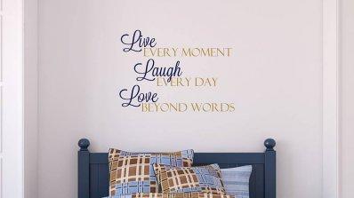 Забавни и закачливи табелки създават атмосфера в дома