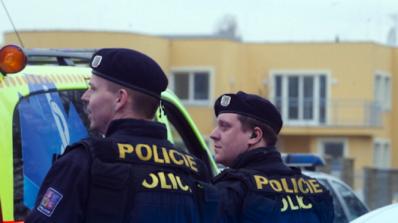Полицията не откри бомби в кметството на Прага и в няколко чешки гари