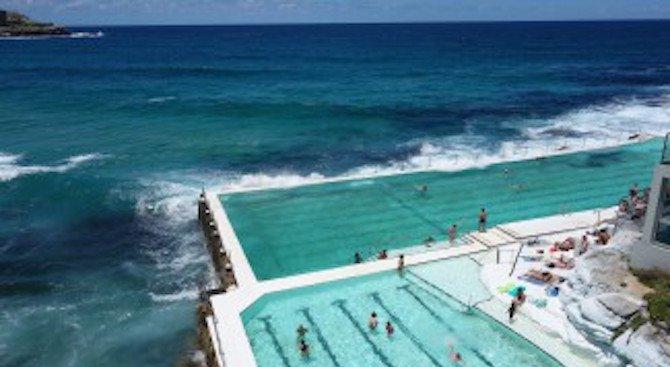 Как се плува в най-красивия басейн на света?