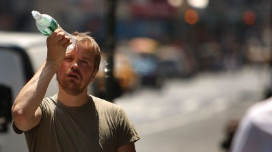 Жълт код за опасни жеги в цялата страна утре