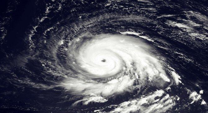 98 жертви на ураган в Източен Китай