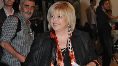 Мария Капон: Борисов, който ръководи МВР, явно снима нов екшън сериал