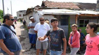 """Жители на """"Факултета"""" нападнаха журналисти от БТВ"""