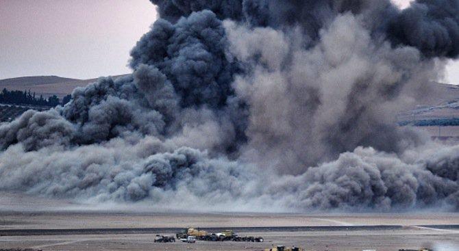 Мощна експлозия избухна в петролна рафинерия