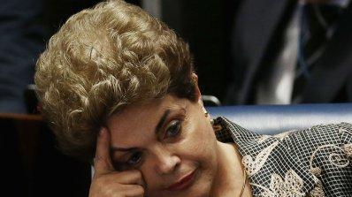 Официално: Бразилският Сенат отстрани Дилма Русеф от президентския пост (обновена)