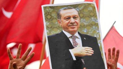 Турция готова да изчака за визите до края на годината