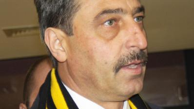 Цветан Василев: Не съм национален предател и мошеник