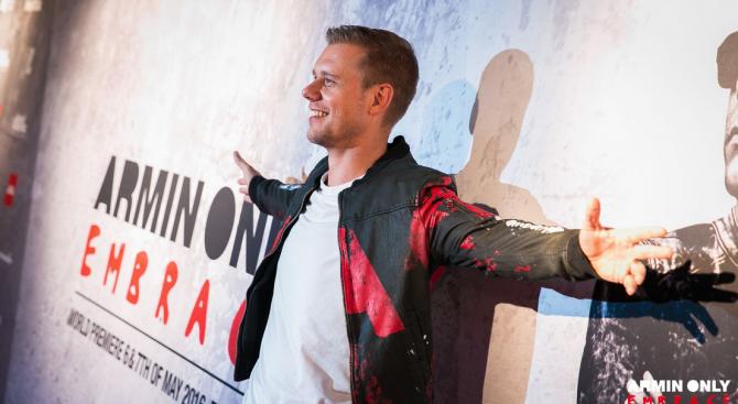 Armin van Buuren превръща Арена Армеец в най-големия клуб в Европа (снимки+видео)
