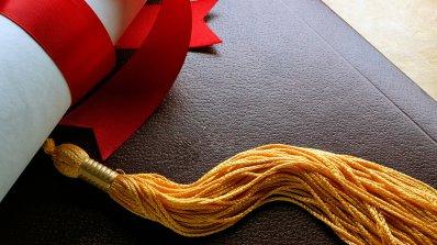Опростяват процедурата по признаване на чужди дипломи от ВУЗ
