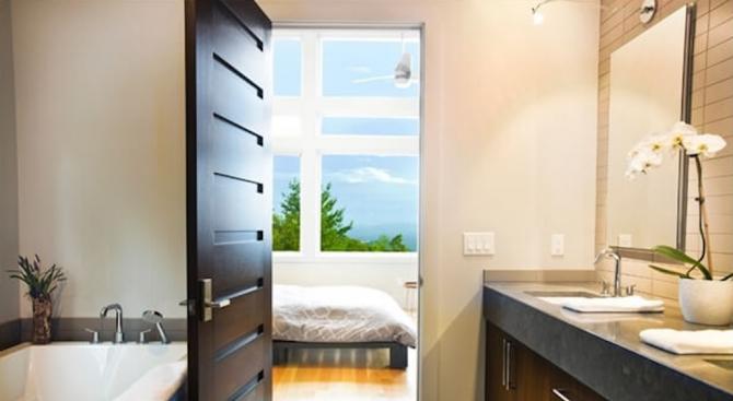 Каква врата е подходяща за твоята баня?