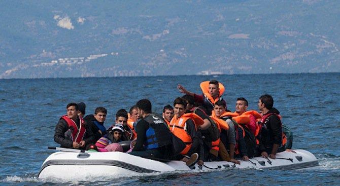 240 мигранти са загинали при потъването на два кораба край Либия