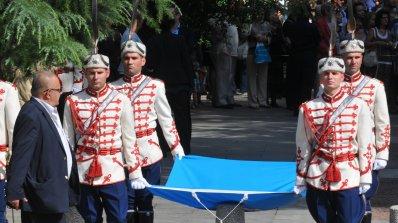 Божидар Димитров участва в панихида в памет на загиналите български войници в Солун