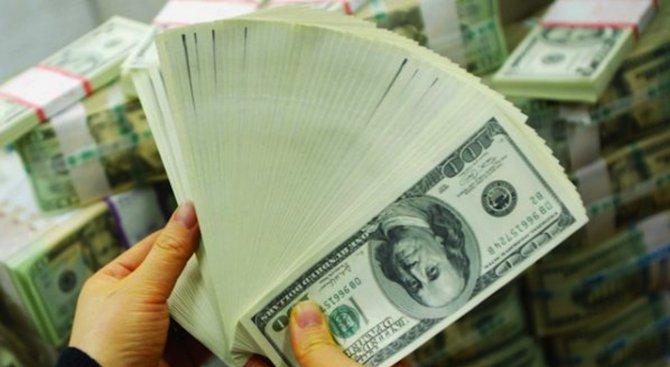 Щатският долар увеличи стойността си спрямо йената заради Клинтън