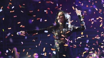 """Концертът за 15-годишнината на телевизия """"Планета"""" взриви Арена Армеец (снимки)"""