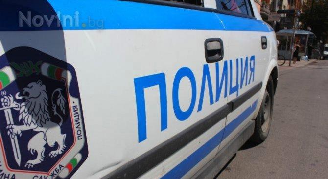 Задържаха българка за трупа във фризер в Атина