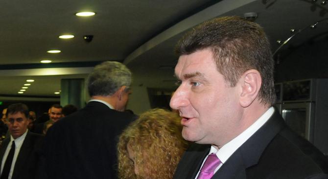 Валентин Златев: България не е страната с най-скъпите горива в Европа