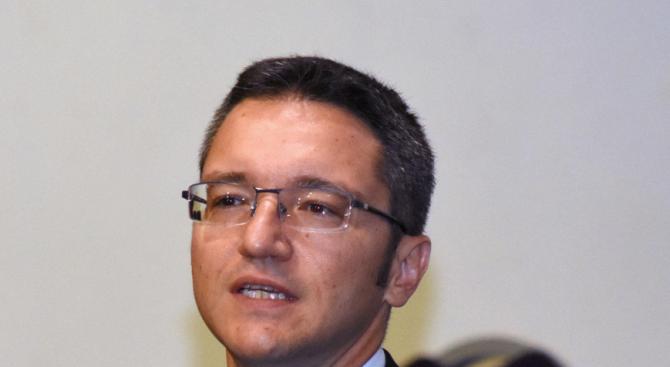 Вигенин: Спрете агонията и да вървим към бързи избори