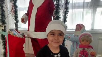 5-годишната Гери замина за лечение в Германия