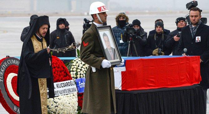 Наш дипломат: Голям гаф е, че убиецът на руския посланик е полицай