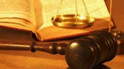 Съдът остави русенския полицай, разгласил информация, постоянно в ареста