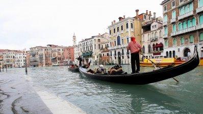 10 красиви града, в които улиците са от вода