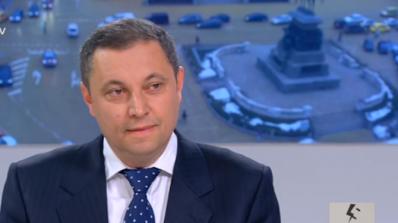 Яне Янев: Служебното правителство е съставено от няколко проруски настроени олигарси