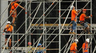 Дефицитът на кадри в строителство може да забави изпълнението на Националната програма за саниране