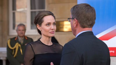 Вижте новия мъж на Анджелина Джоли (снимки)