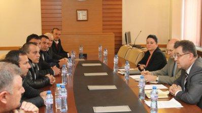 Земеделският министър свиква отново Консултативен съвет по тютюна