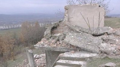 Собственикът на убилата дете рухнала сграда в Благоевград починал