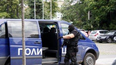 Спецакция в София срещу наркодилъри, има арестувани (обновена)