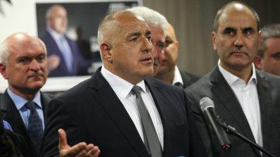 Политолог: Партиите имат срещу себе си хитрия Борисов