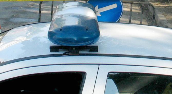Наркодилър оказва съпротива на полицията