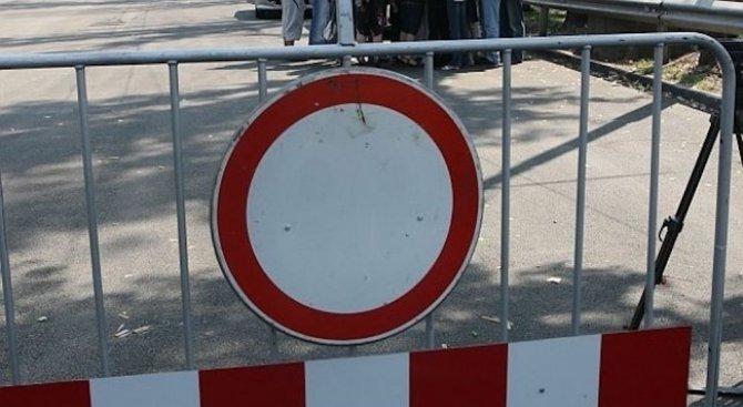 След Великден започва ремонтът на моста, затворил републикански път в Троянско