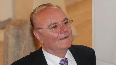 Юнал Лютфи: Коалицията между ГЕРБ и националистически формации ще е нестабилна