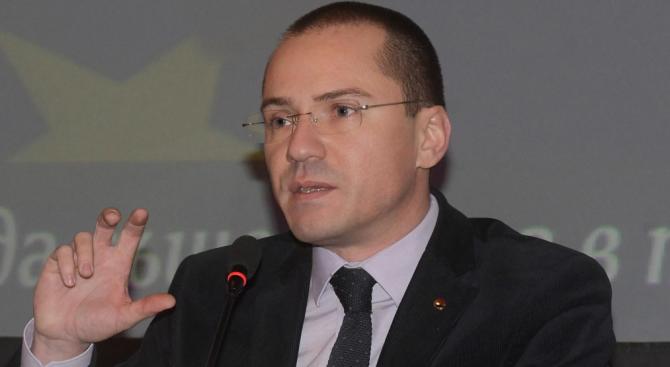 Ангел Джамбазки: Ердоган иска да върне Османската империя (видео)