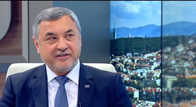 Валери Симеонов: Ако се наложи, ще стана министър. Референдумът на Слави е недодялан (видео)