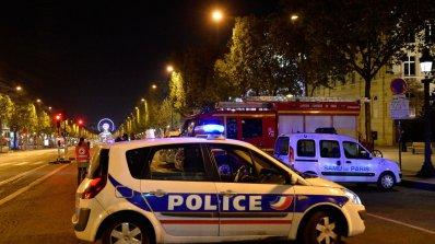 Кандидатите за президент на Франция анулираха предизборните си прояви