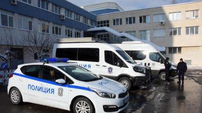 Пламен Узунов връчи ключовете на новите автомобили на директорите на СДВР и ОДМВР - Бургас