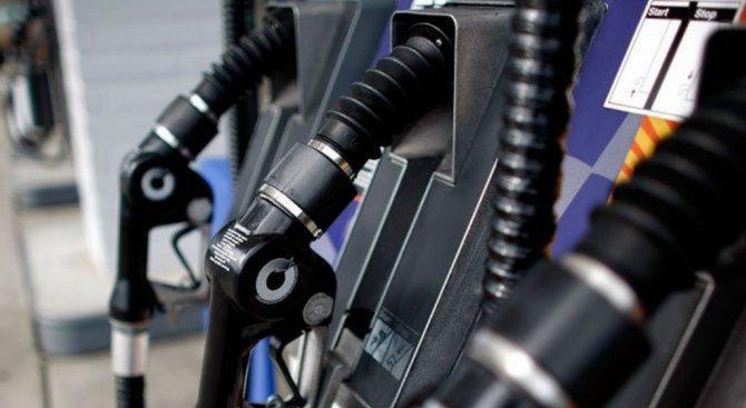 Пробутват ни некачествен бензин