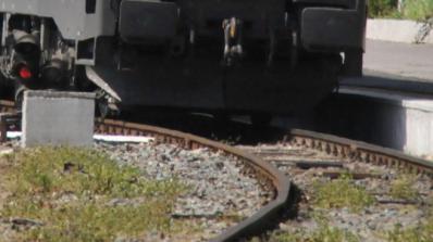 Локомотив на частен жп товарен превозвач дерайлира
