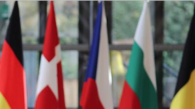 """България и Румъния остават """"балканското гето"""" на ЕС"""