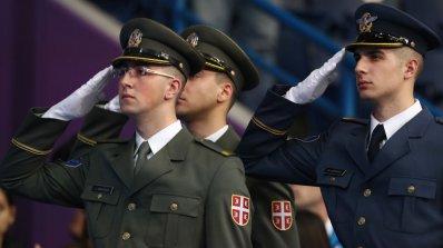 Сръбската армия показа мощ (видео)