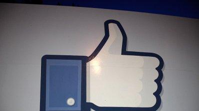 Осъдиха швейцарец за харесване на критично изказване във Фейсбук