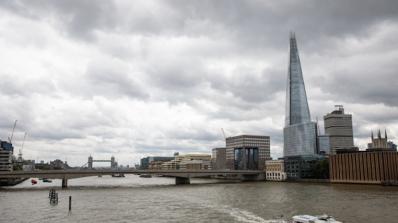 Полицията извади тяло от река Темза