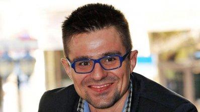 Продуцентът Андрей Арнаудов: Подготвяме 6-часови спектакли в Македония