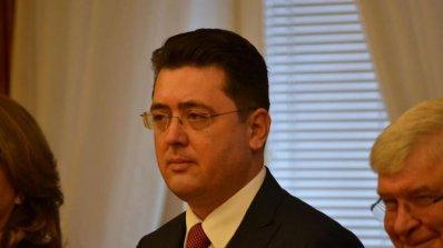 Пламен Узунов: Няма да подам оставка заради нацистките снимки