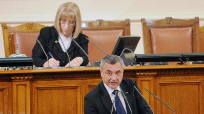 Валери Симеонов: Държавата да дава стипендии за учене в чужбина